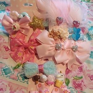 3 sets of hair clips